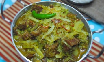 Beef Curry with Cabbage-