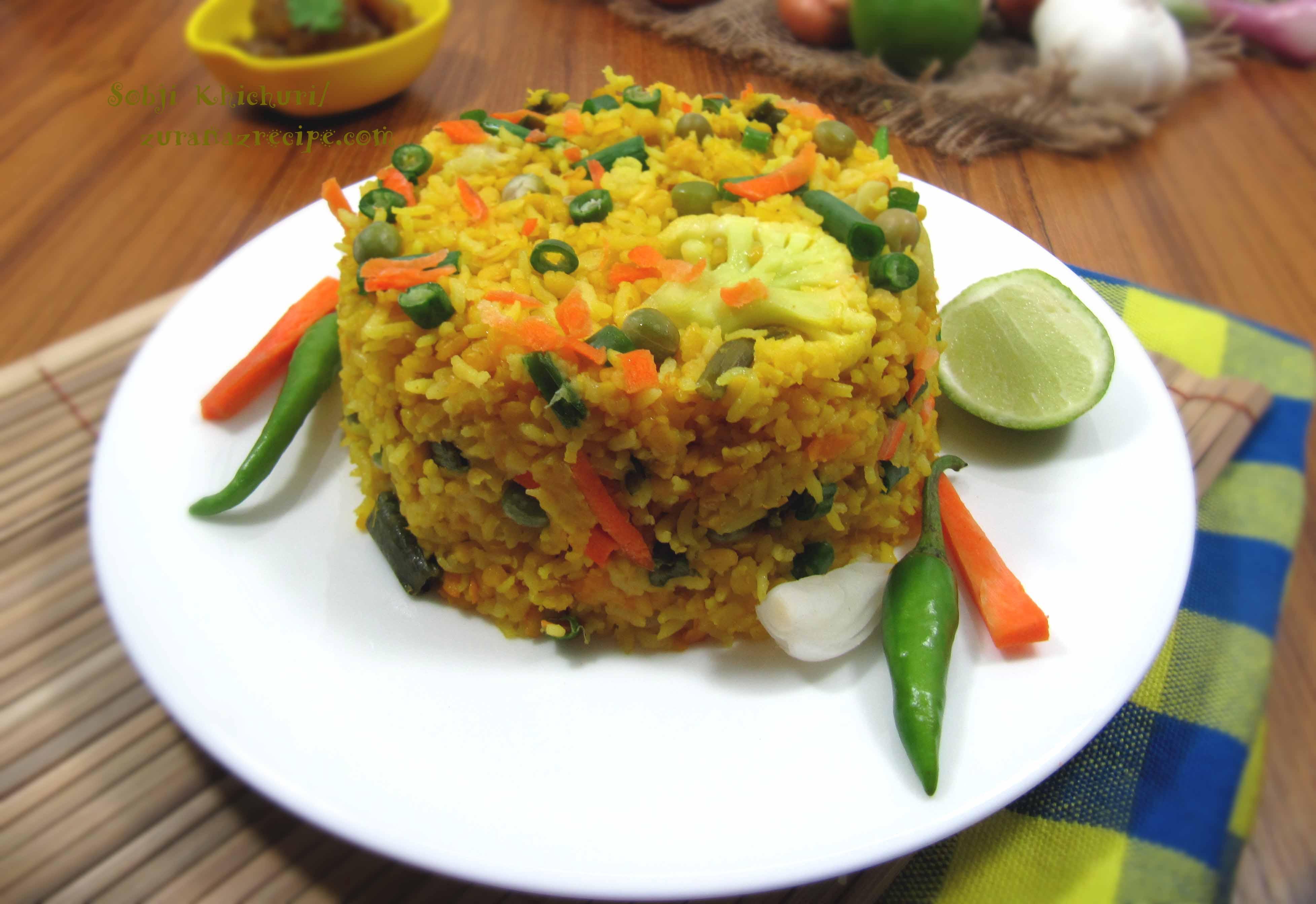 Sobji Khichuri/Vegetable Bhuna Khichuri/Vuna Khichuri