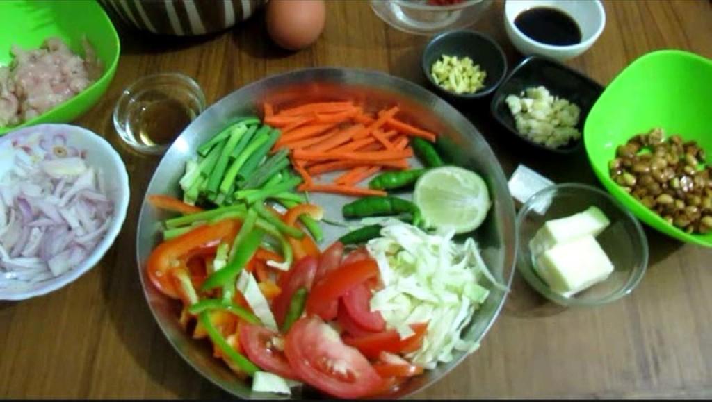 Thai Chicken Noodles
